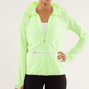Lululemon Stash & Dash pullover Faded Zap neon